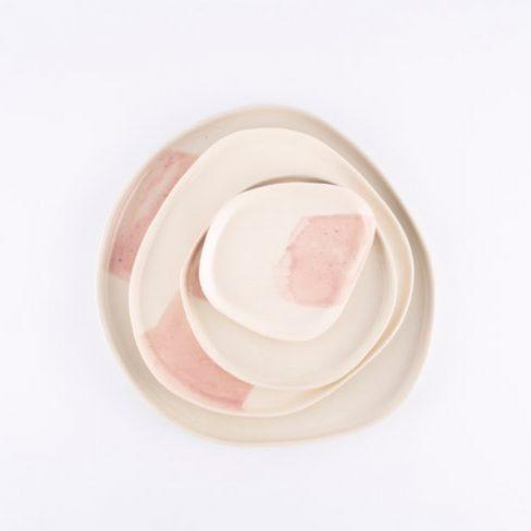 Pratos em cerâmica